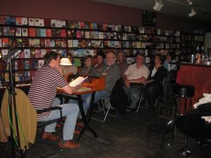 Mitternächtliche Lesung in der Schlegelschen Buchhandlung, zu drei Lesungen kamen rund 250 Zuhörer!